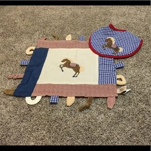 Carson the Colt Bib & Multifunction Blanket Set 2